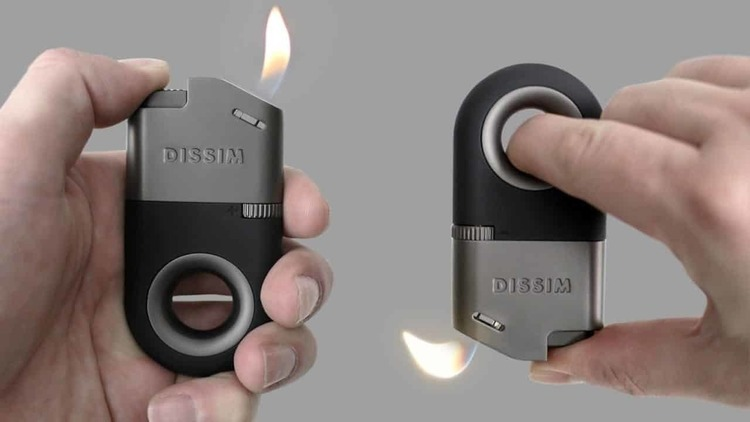 逆さにしても火が消えない!イノベーティブなライター『DISSIM』がクラウドファンディング中!