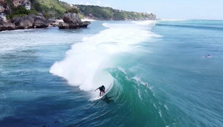 2020年7月2日 バリ島パダンパダンビーチが炸裂!空撮サーフィン ドローン映像