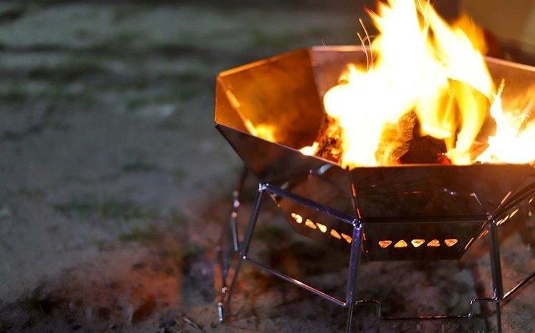 キャンプで欠かせない焚き火!その魅力と楽しみ方をご紹介