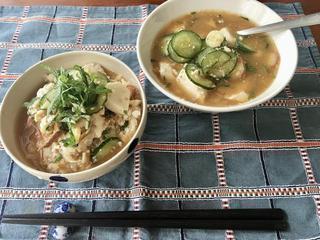 【きゅうりの夏レシピ3選】夏に食べたい冷や汁や、キャンプで作りやすいガスパチョなど