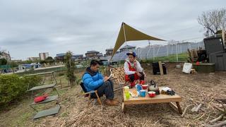 【キャンプ場をDIY】小屋キットがキャンプ場に到着!大人気キャンプ誌『fam_mag』の取材もやってきた!【#10】【#11】