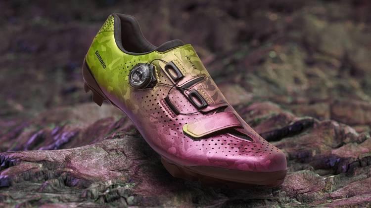 シマノ、サイクリングシューズの新製品を発表