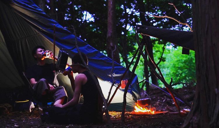 野営に挑戦したくなる!ワイルドすぎるソロキャンプ を楽しむ本格派キャンパーさんへインタビュー!