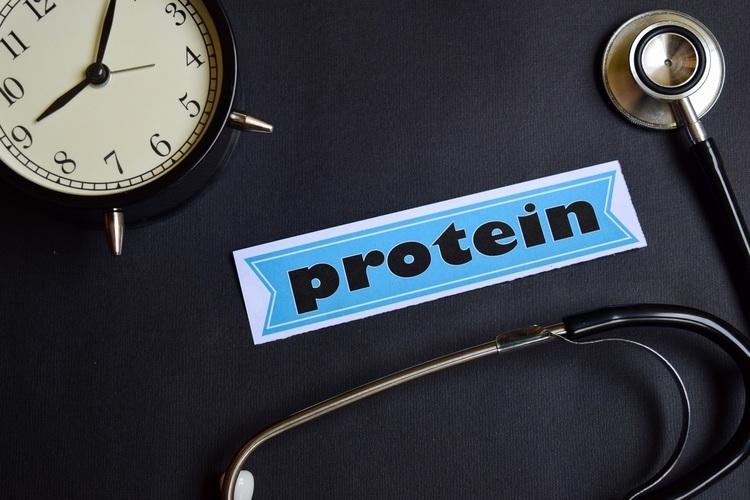 たんぱく質、不足するとどうなる?摂りすぎは体に悪い?管理栄養士が解説