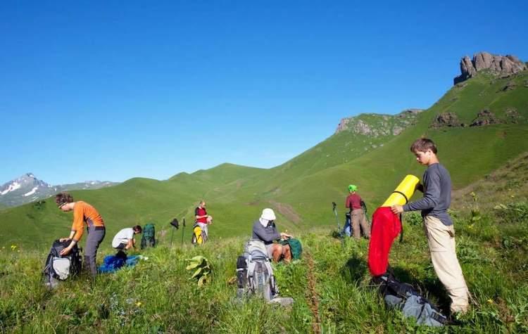 子どもを引率する登山・ハイキングでの判断 – 山の相談小屋