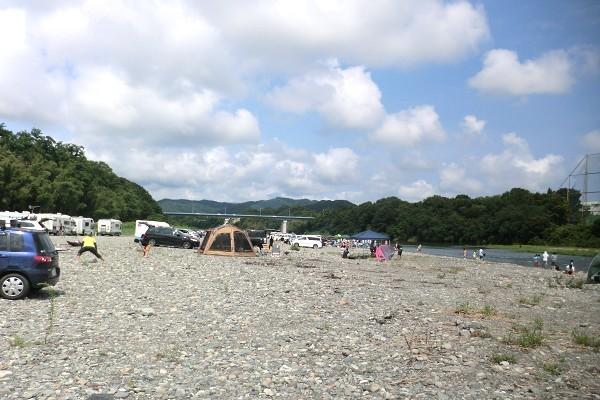 かわせみ河原でキャンプの楽しみ方ガイド!気になる魅力や口コミもご紹介!