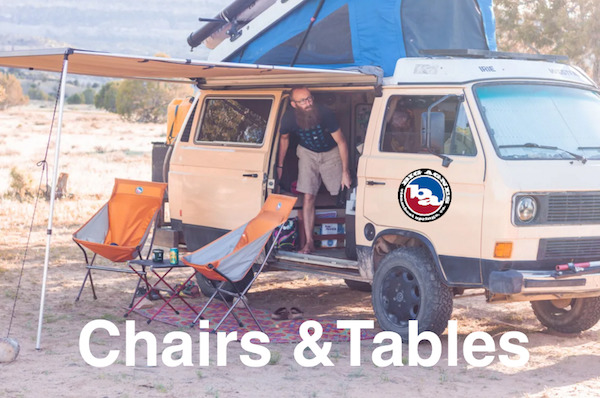 ビッグアグネス2020の Chairs & Tablesは、軽量、機能的、そして愛らしい。