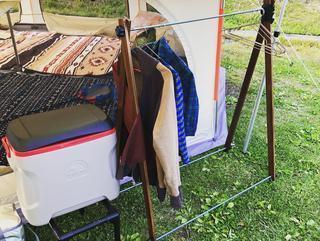 【ハンガーラックの簡単DIY】オールシーズン活躍するハンガーラックを自作しよう