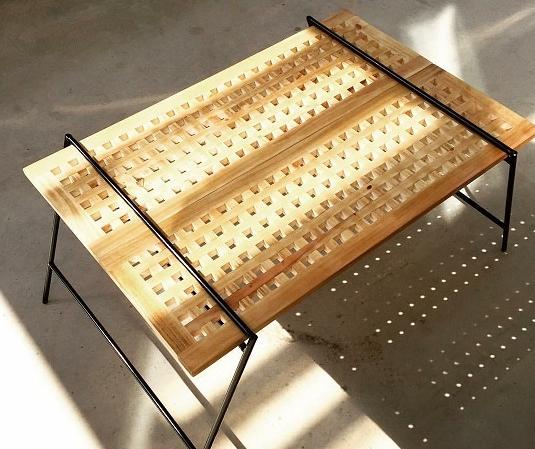 アイアイテーブル