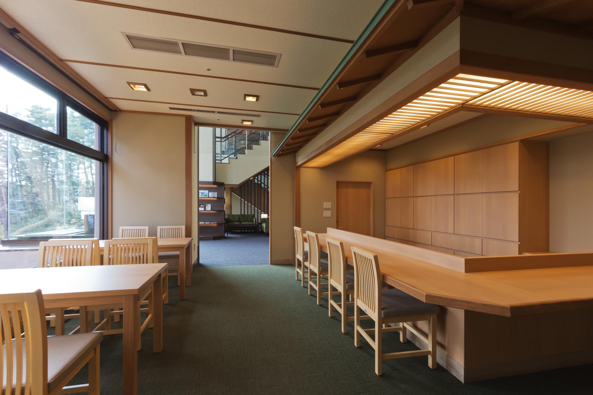 館内2階にある和風レストラン「料理茶屋 おでんせ」。 三陸ならではの味を味わえます。