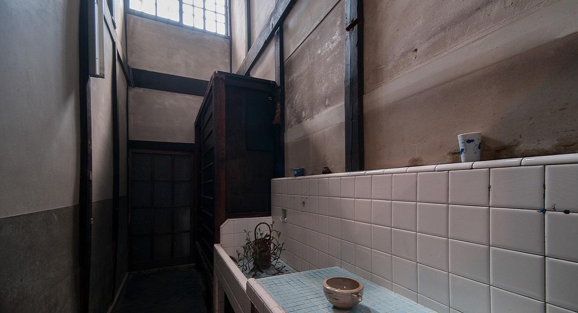 昔ながらの京町家の風情を残す「奥戸」