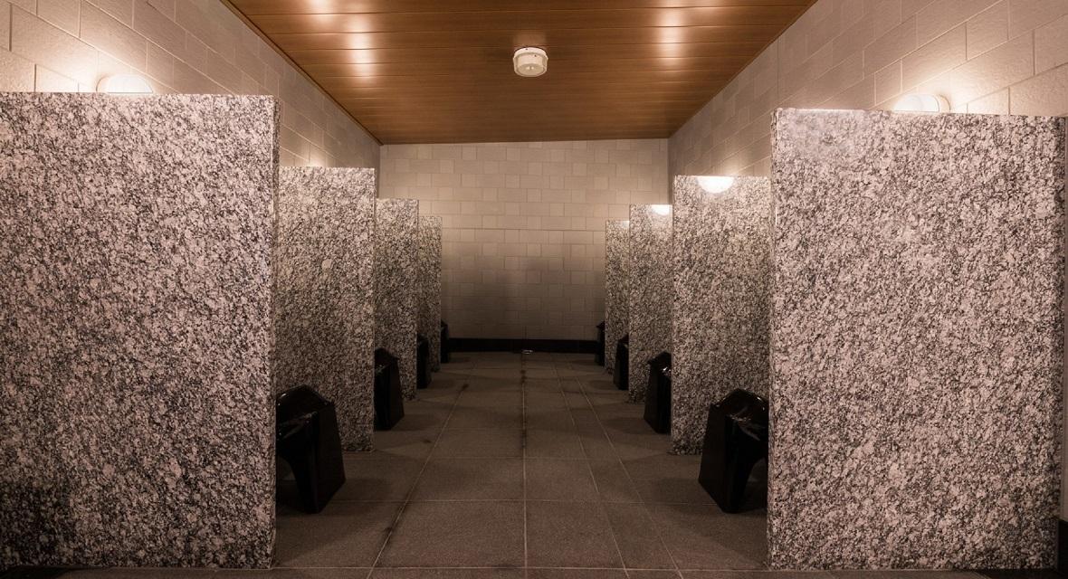 【大浴場の洗い場】