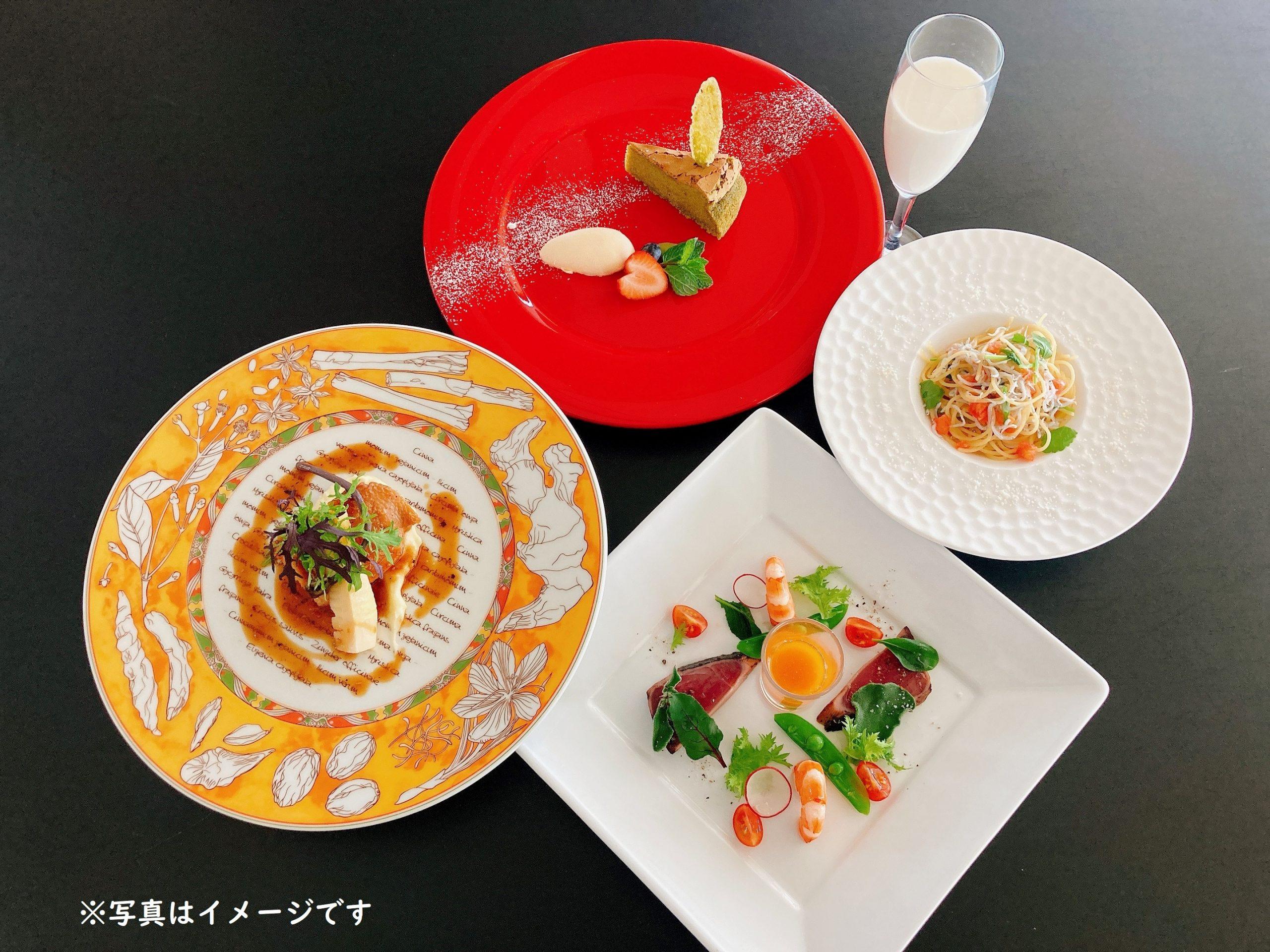 四季折々の食材を盛り込んだ御膳料理からカジュアルフレンチまで様々ご用意