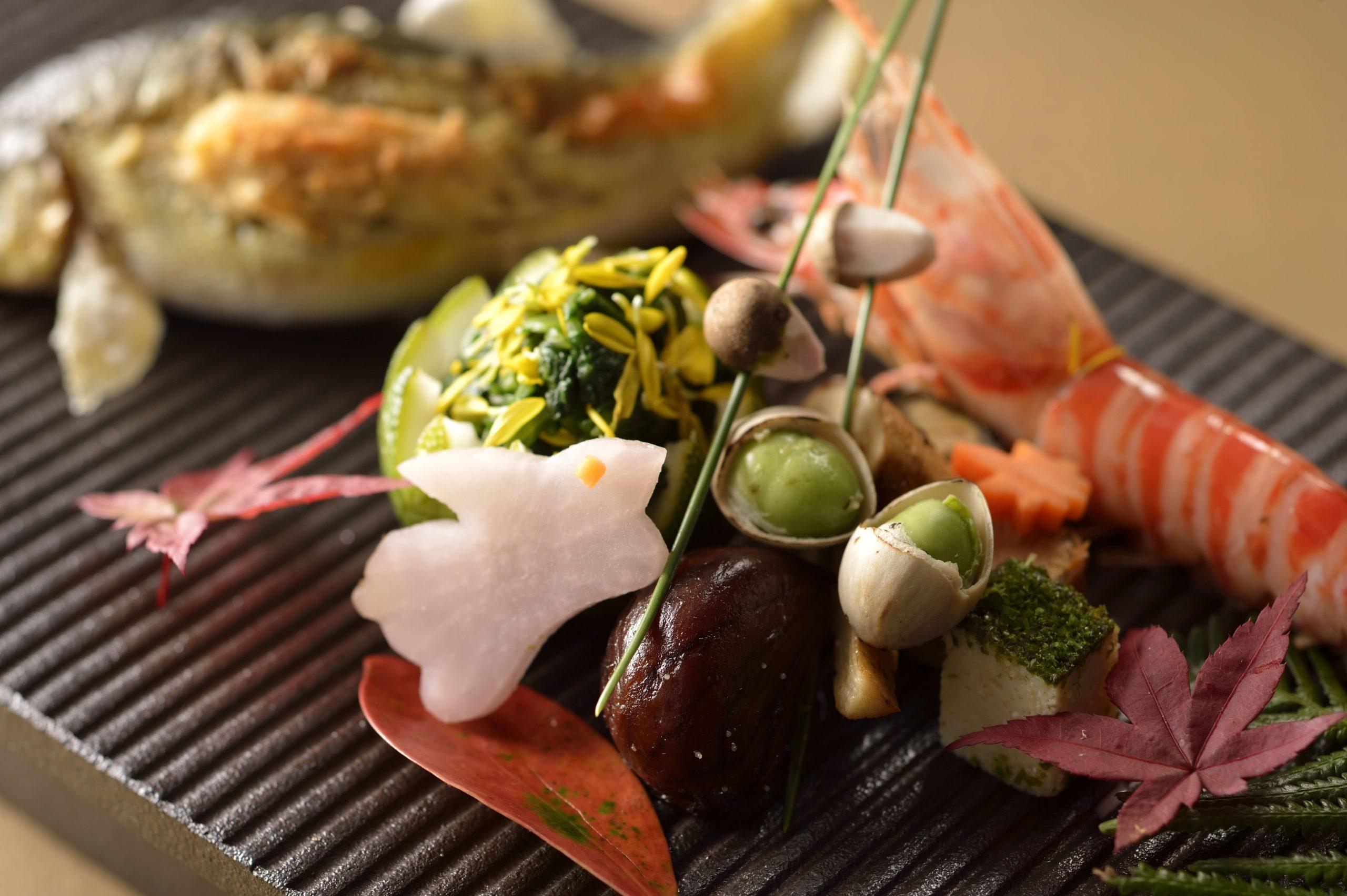 京料理「たん熊 北店」Directed by M.Kurisu:一期一会の心と旬の食材、京の粋と食文化、そして繊細な味と技の冴えで心からのおもてなしをいたします。(料理イメージ)
