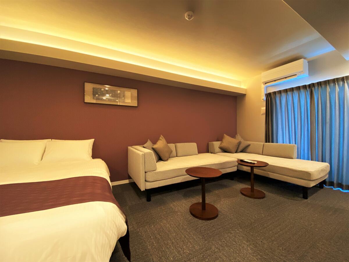 厳選した家具と最新家電を施した住空間を実現