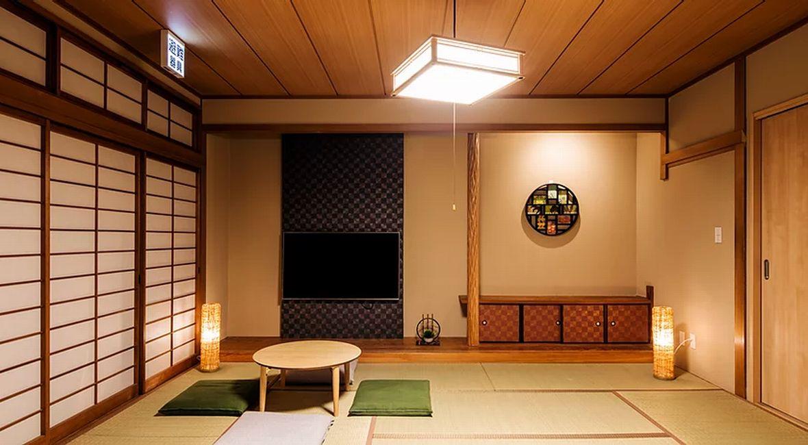 畳敷きの和空間をメインに、暖かみのある木を基調としたお部屋です