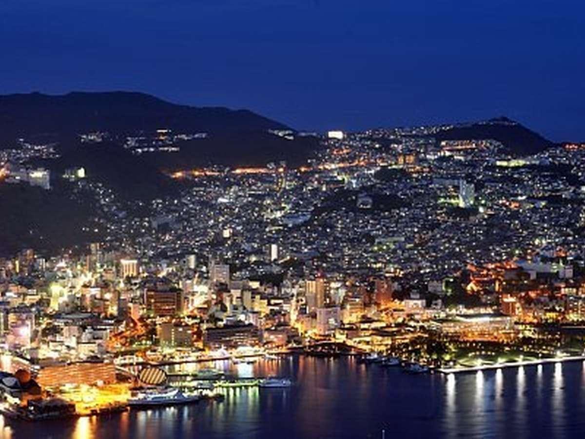 【夜景】 夜の景色が美しい街として有名