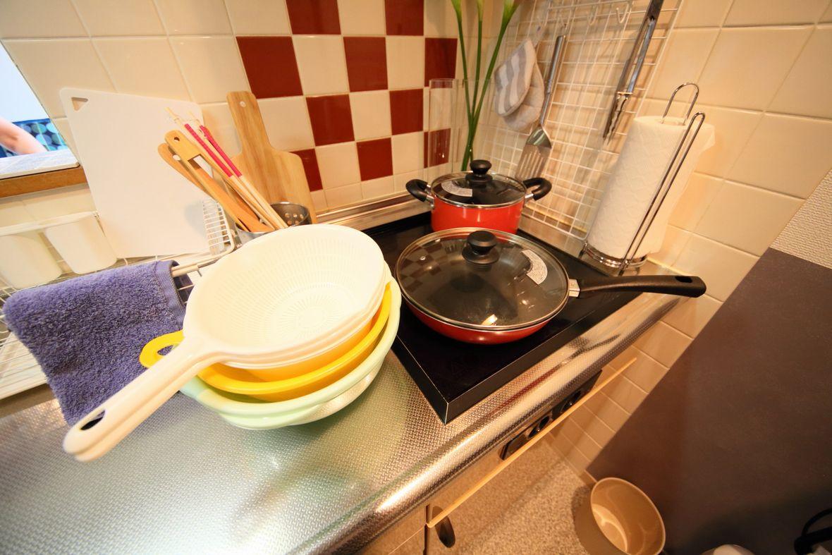 調理器具も充実で、長期滞在も安心です