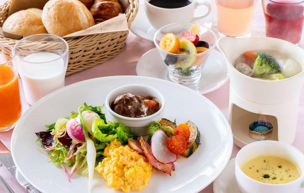 八ヶ岳の高原野菜やミルクで、朝からパワーチャージ