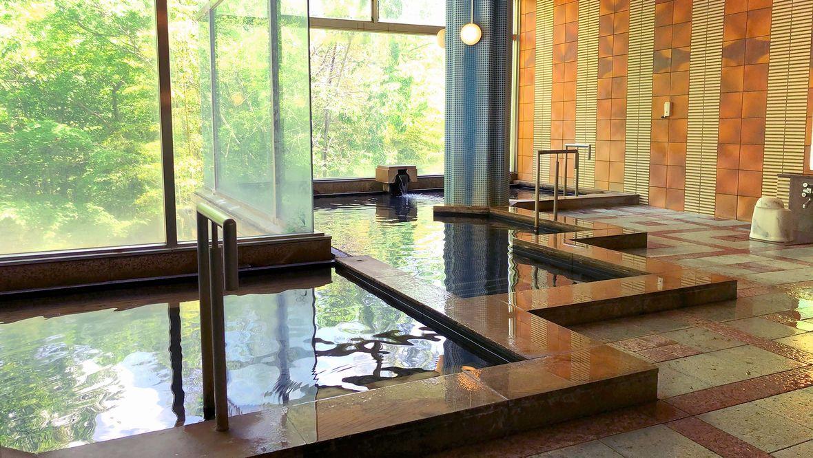 「敷島温泉」は美肌効果の高いpH8.0弱のアルカリ性の温泉