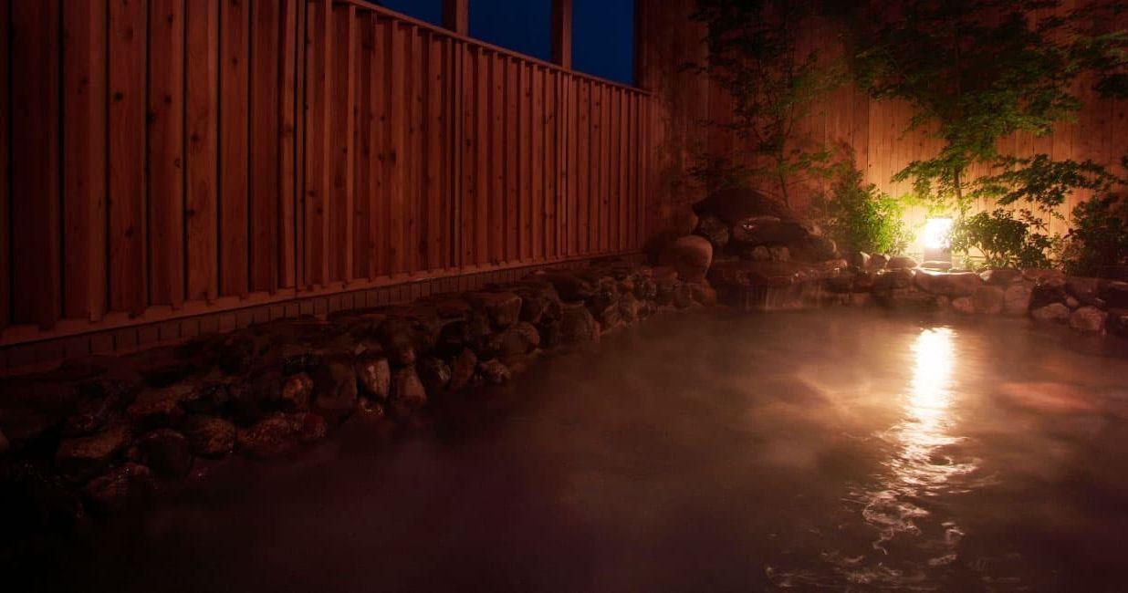 体と心を癒す、里山の温泉郷「湯の花温泉」 古来より湯治湯とされていた-京都の奥座敷-湯の花温泉