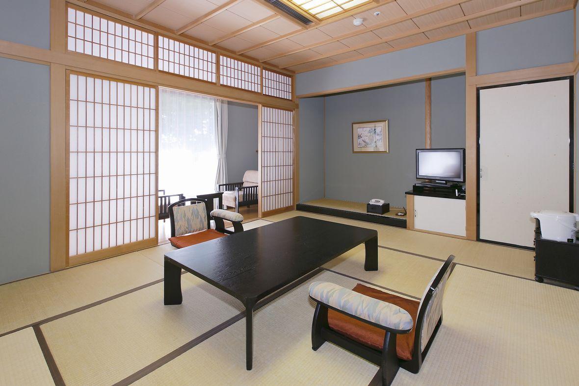 ご家族連れにも喜ばれる和室は癒しと落ち着きの空間をご提供致します