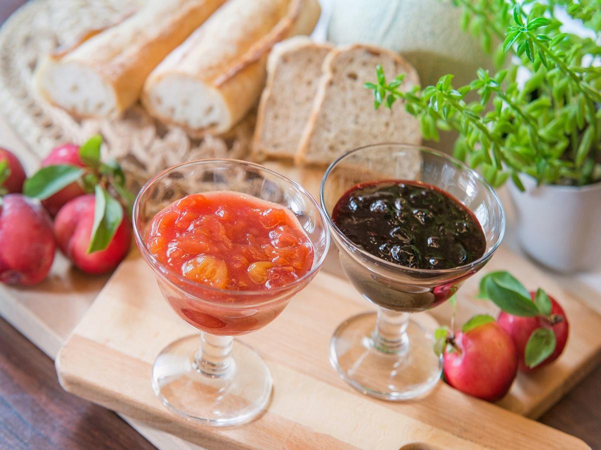 【オプション朝食】朝食の和洋バイキングは、ホテルキャッスル自家製フルーツジャムも人気です!!