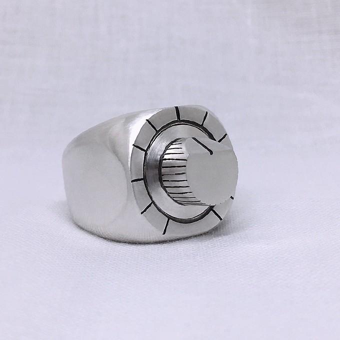 TB-303 knob ring(可動式つまみのごついシルバーリング)