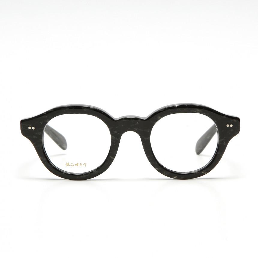 日本製のブランドアイテムのメガネ