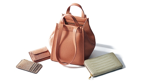 リュクスなカラーが魅力【マックスマーラ(Max Mara)】のバッグと財布