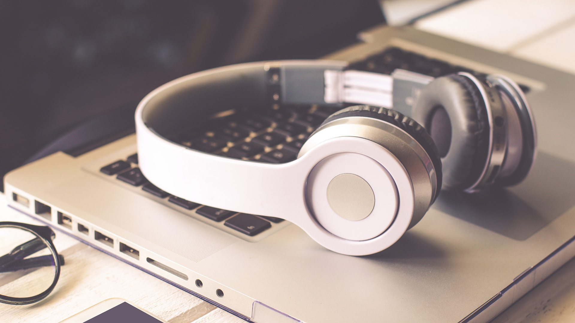 How Music Helps You Focus