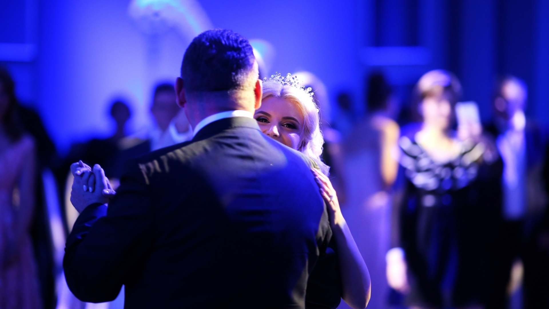 Utilize A Music Search For Your Wedding
