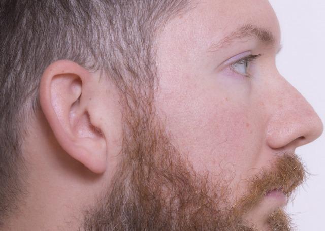 毛が濃い男性の特徴
