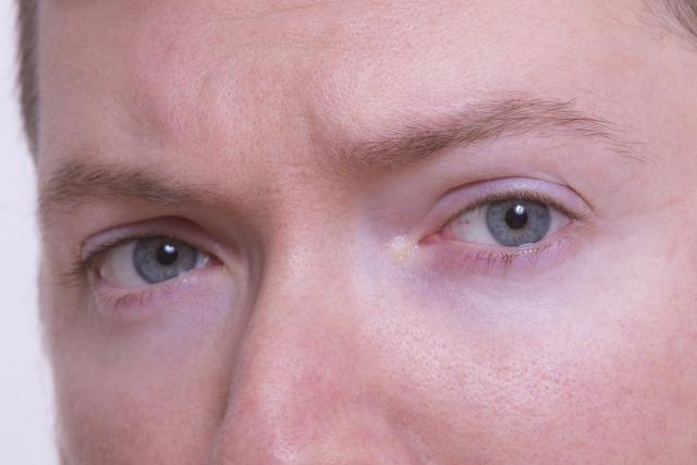 メンズ眉毛エクステの施術の流れ