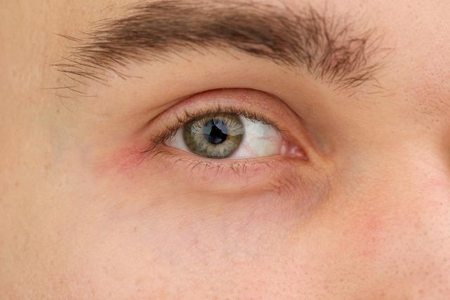 ④顔・眉毛の頻度・持続期間・周期の目安