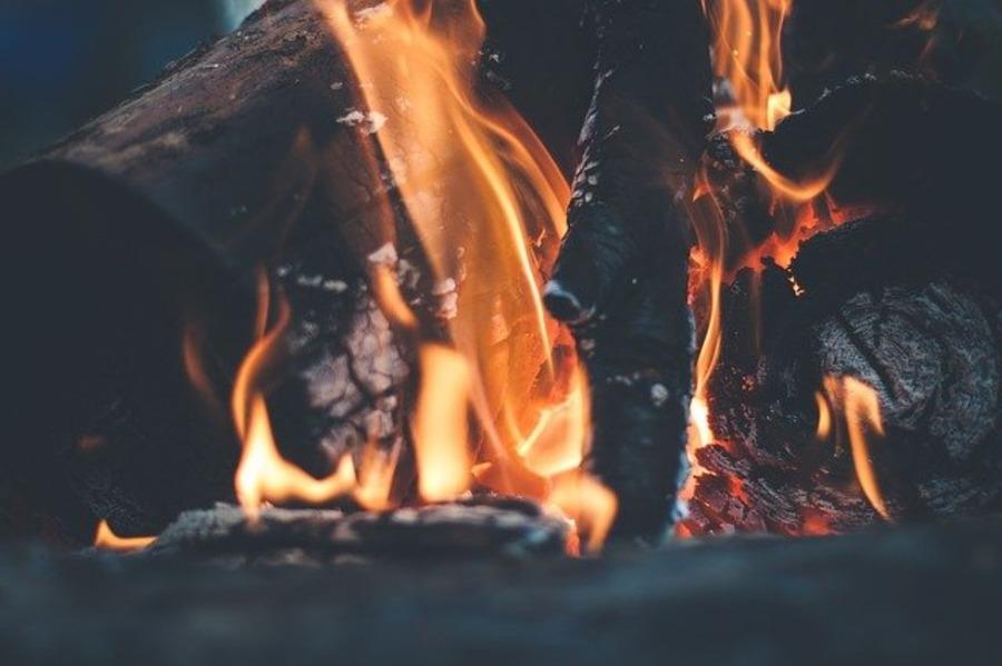 焚き火するならDOD「となりのまきちゃん」がおすすめ!人気のセット商品
