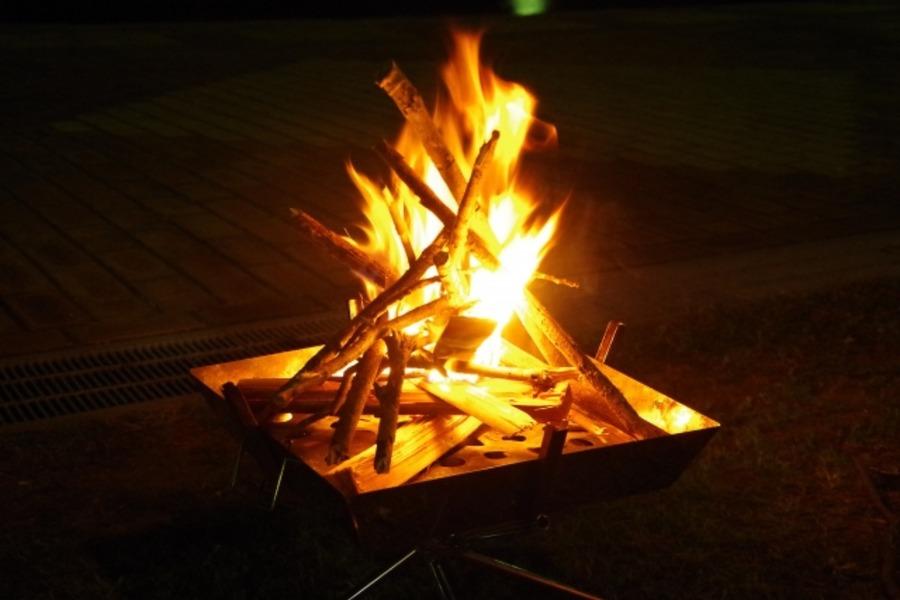 人気の焚き火台「ラプカ」の魅力とは?一台あるとキャンプが快適に