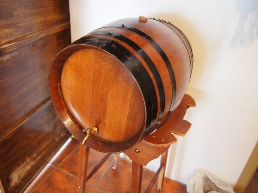 ウォータージャグの自作方法まとめ!樽やマーキュリーを使った作り方は?