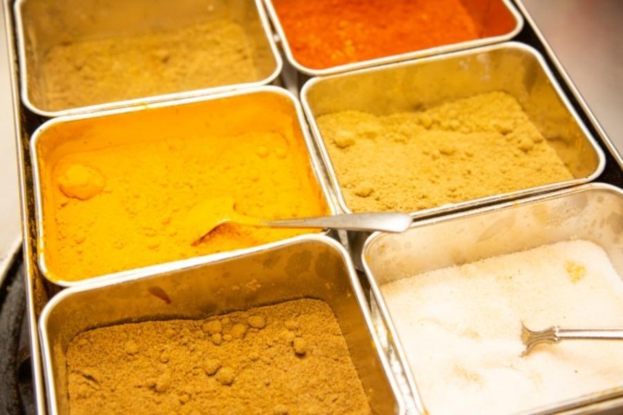 アウトドアスパイス「ほりにし」は魔法の調味料!活用レシピもチェック