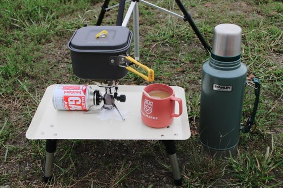 ニトリのキッチンラックがキャンプにおすすめ!荷物置きにも便利