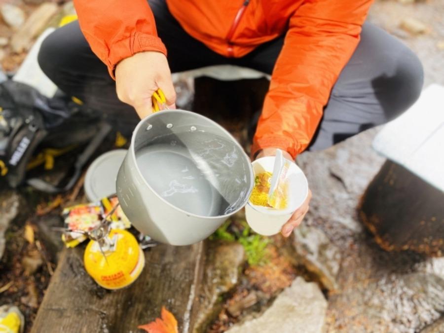 テント泊登山におすすめの食料は?軽量化するためのコツも!