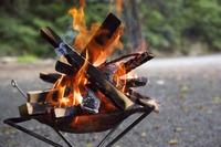 囲炉裏テーブルを自作して焚き火・バーベキューを楽しもう!簡単な作り方は?