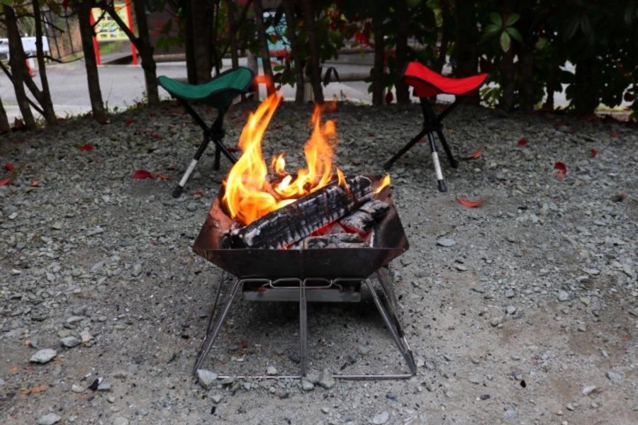 焚き火におすすめのチェア15選!難燃性に優れたコンパクト商品も