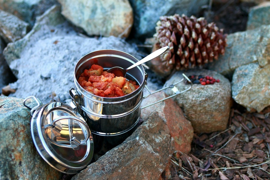 ワンバーナーレシピのおすすめまとめ!ソロキャンで作りたい簡単料理