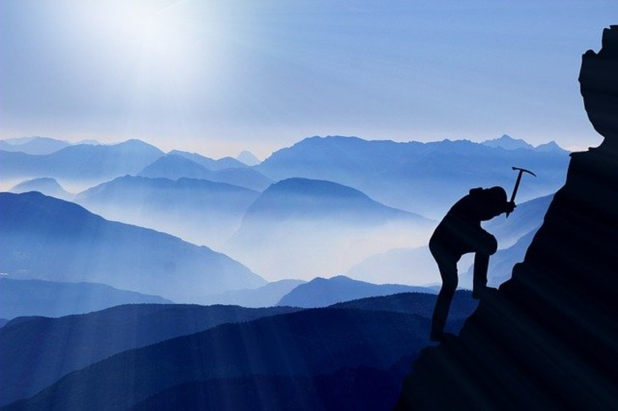 登山家・冒険家の名言集まとめ!女性マウンテニアが残した名言も