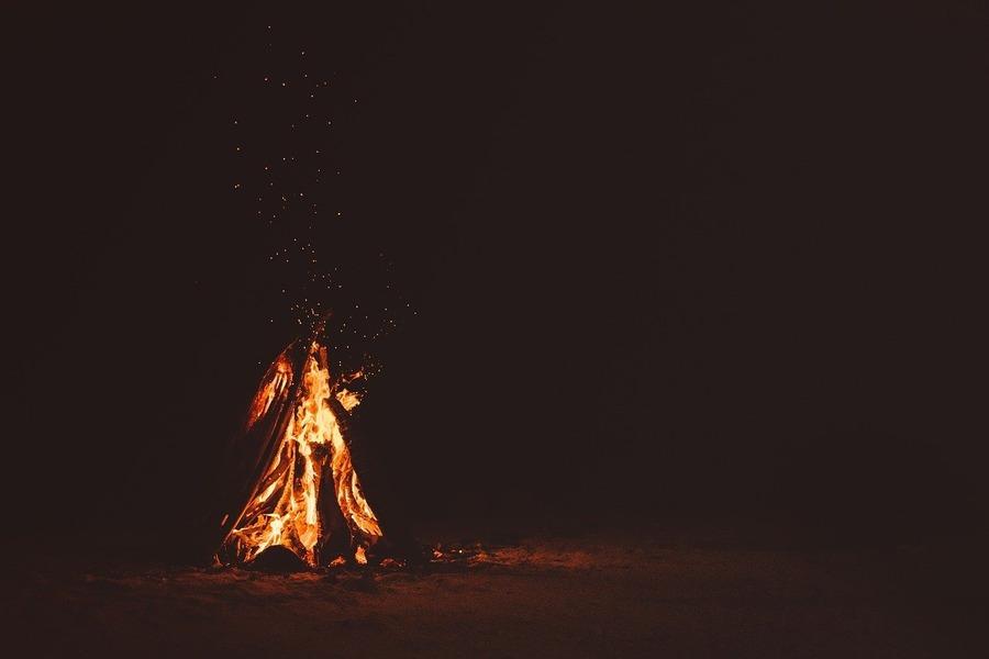 東京で焚き火ができるおすすめスポット7選!キャンプ場や公園を紹介