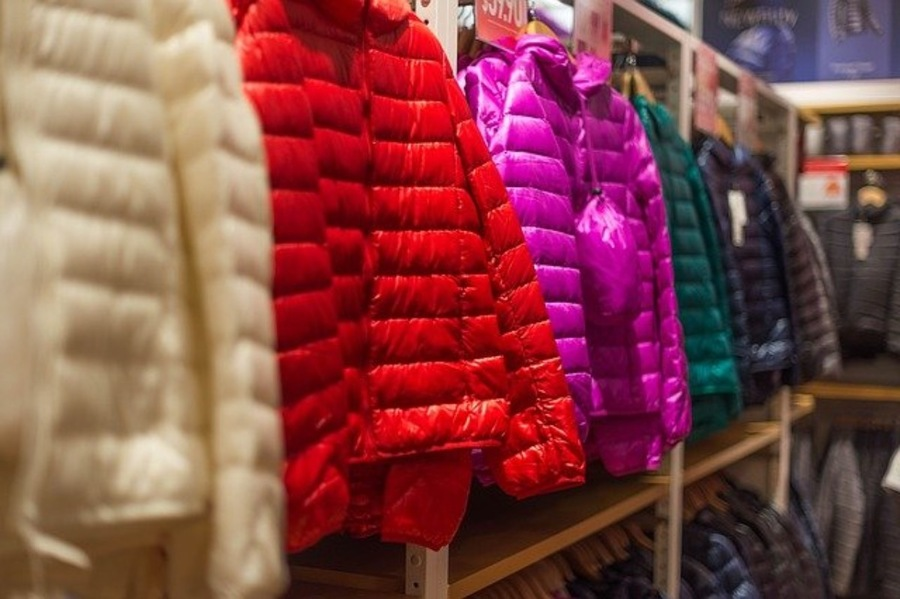ナンガの別注モデル「焚火ダウンジャケット」がおすすめ!人気の理由は?
