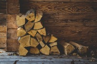 カインズで販売している薪の値段は?便利な関連商品も紹介
