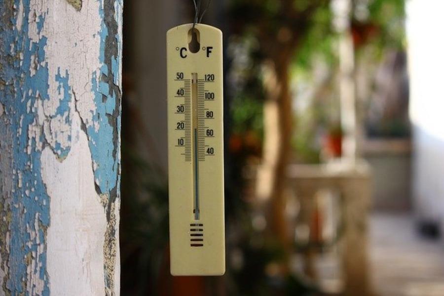 キャンプに便利なおしゃれな温度計12選!使い勝手の良いワイヤレスも