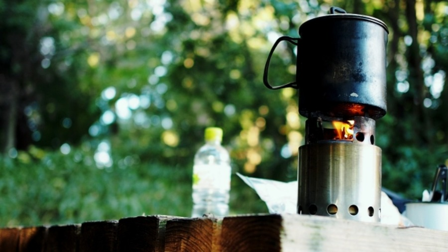 Signstekのウッドストーブで二次燃焼の炎を満喫!改良方法も!